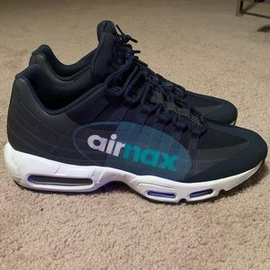Men's Nike Air Max 95 Big Logo Sz 11.5
